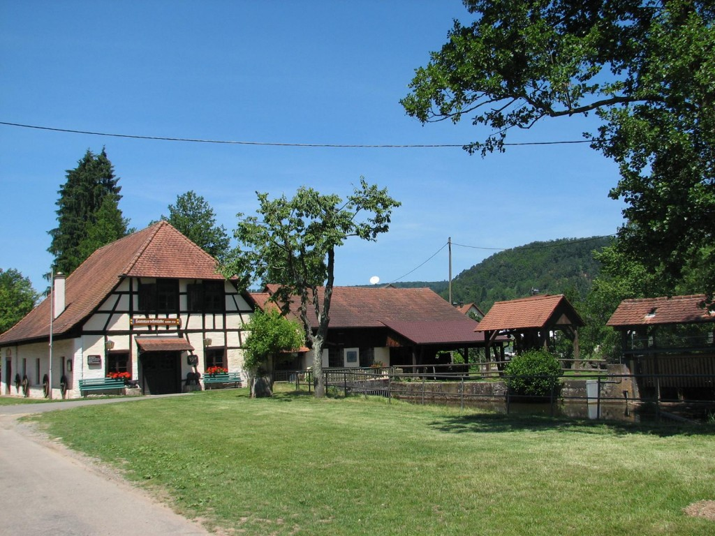 Am Heimatmuseum Hammerschmiede