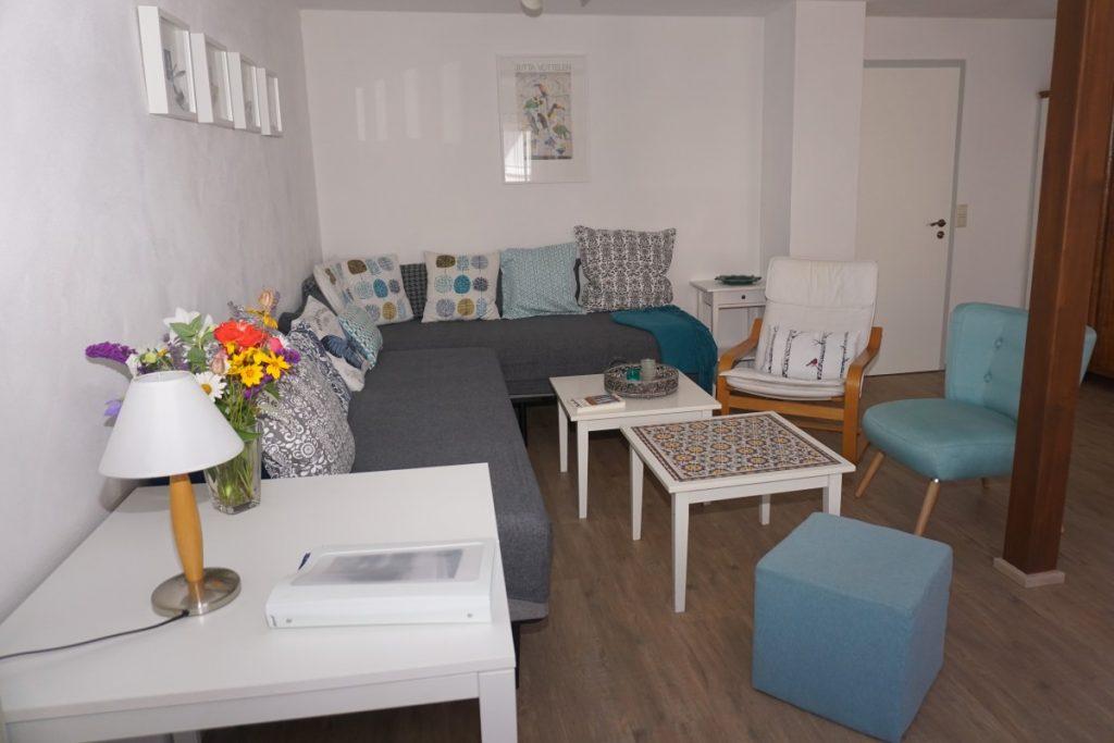 Sitz/Schlafbereich im Wohnzimmer